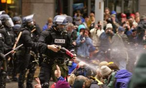 Protests in Seattle against the WTO in 1999. By Steve Kaiser from Seattle via Wikimedia Commons, CC BY-SA