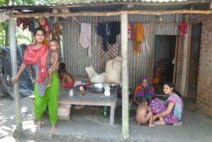 Razaana with two daughters and grandchildren